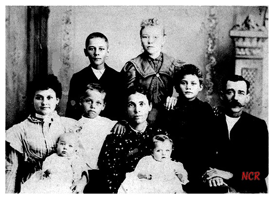 Effie Lee McNeil Cleere w/mother, stepfather, & half-siblings